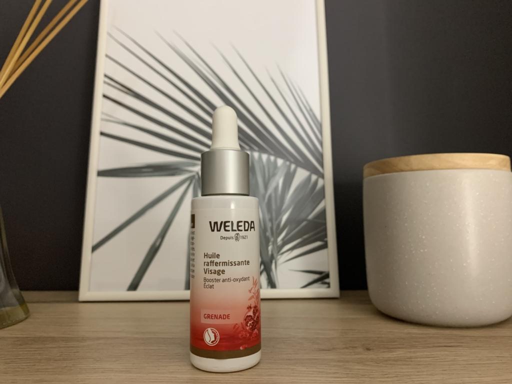 Comment s'endormir quand on est stressé ? Se masser le visage avec une huile peut aider !